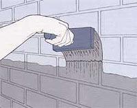 замазываем раствором стены для защиты