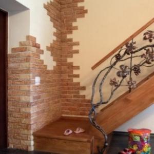 отделка декоративным кирпичом стен