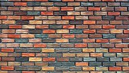 цветная кирпичная стена