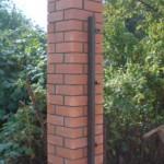 Кладка столбов из кирпича