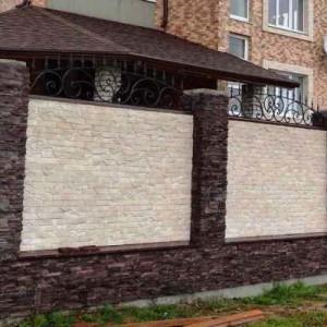 забор из декоративного кирпича фото