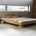 Как купить лучшую кровать из массива натурального дерева