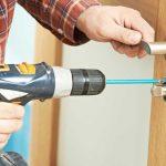 Установка межкомнатных дверей: нюансы монтажа для установщика
